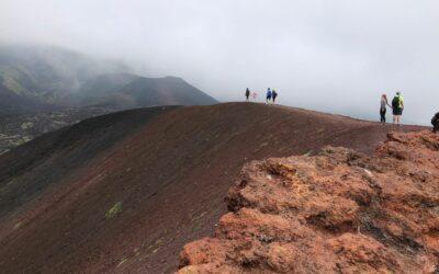 Etna mezza giornata: escursione alla scoperta del vulcano più alto